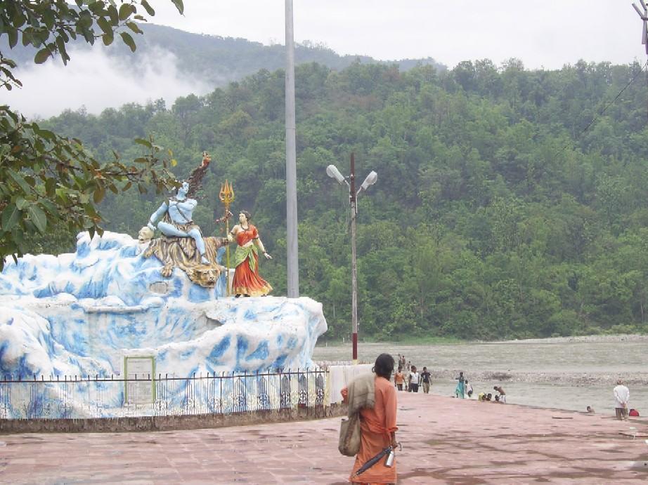*** Оздоровительные АюрВеда-туры и паломнические Йога-туры в Индию ***